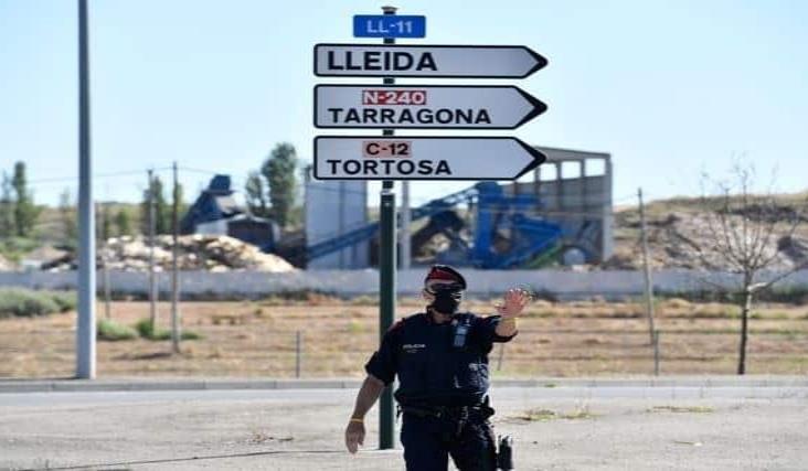 Vuelve a confinar España a 200 mil personas en Lérida