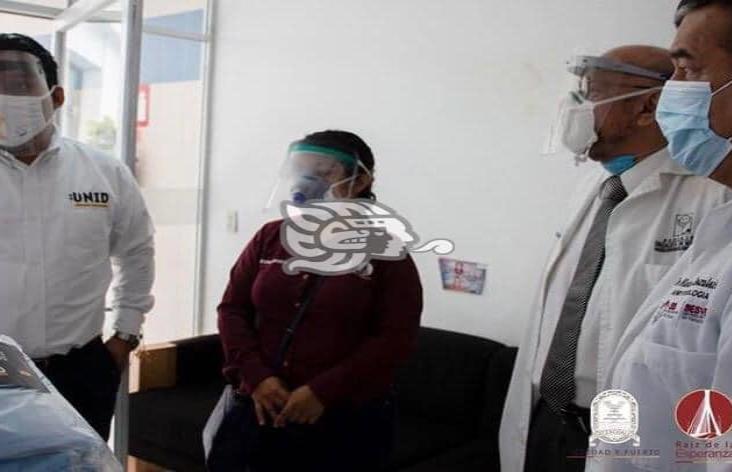 Ayuntamiento y UNID donan material médico al Hospital Regional