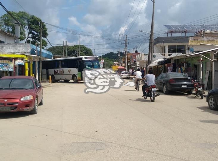 Ante máximo riesgo de contagios de Covid 19 cerrarán calles en Villa Cuichapa