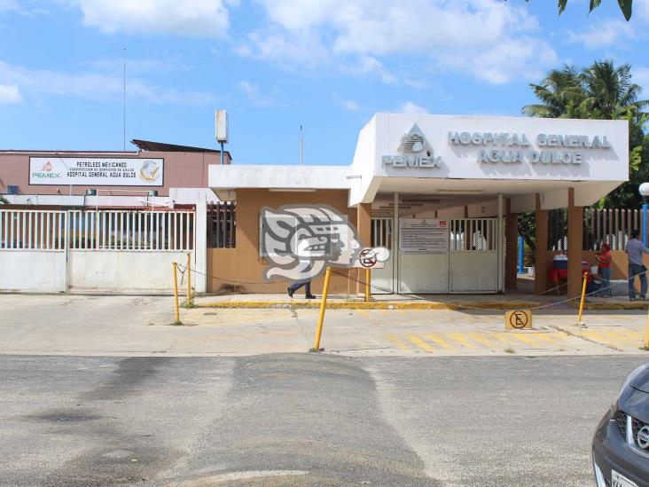 Desabasto de medicamentos afecta al Hospital Pemex de Agua Dulce