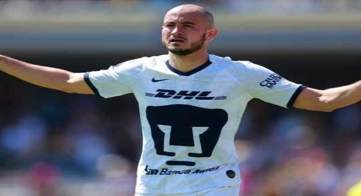 Pumas UNAM quiere vender a Carlos González