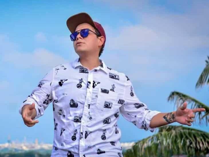 El sueño de Olisser Reyes, joven cantante de Coatzacoalcos