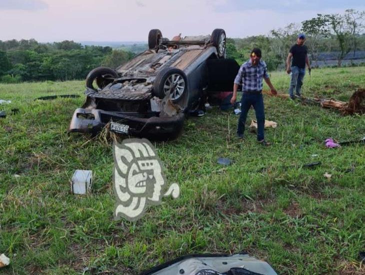 Jóvenes ebrios causan accidente en Rodríguez Clara