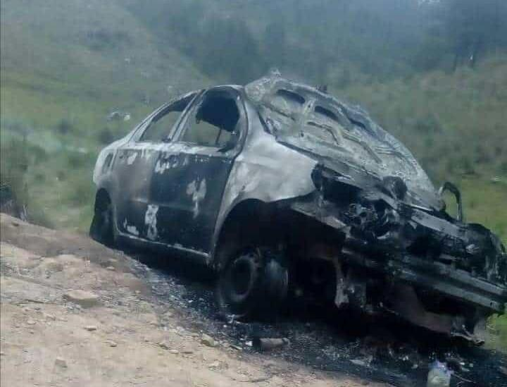 Linchan y queman vivos a dos supuestos defraudadores en Atzompa