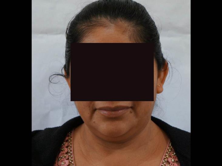 Por presunto fraude, detienen a ex funcionaria de Soteapan