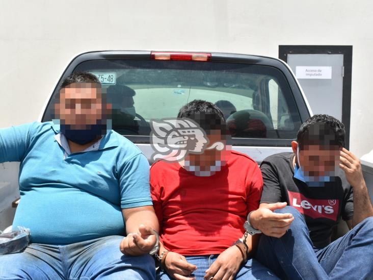 Vinculan a proceso a presuntos asaltantes detenidos en Jáltipan