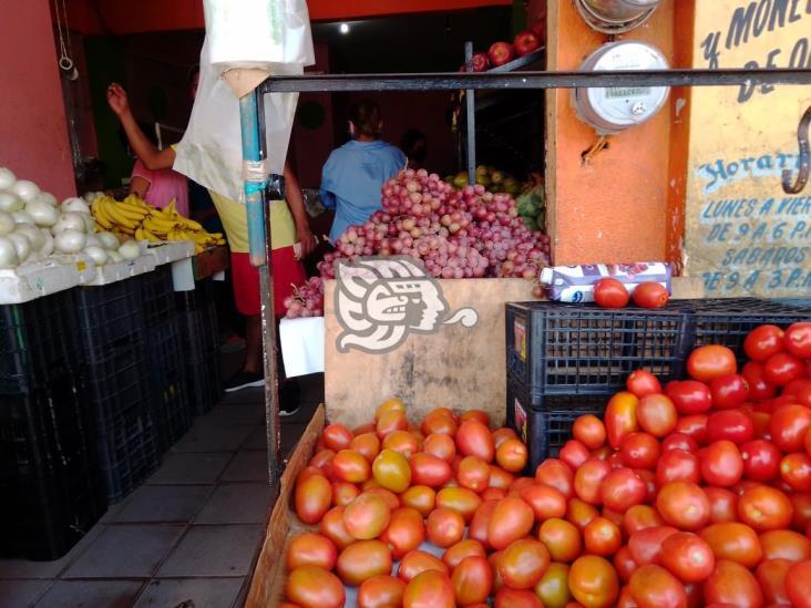 Caen 60% ventas del comercio establecido de Cosoleacaque