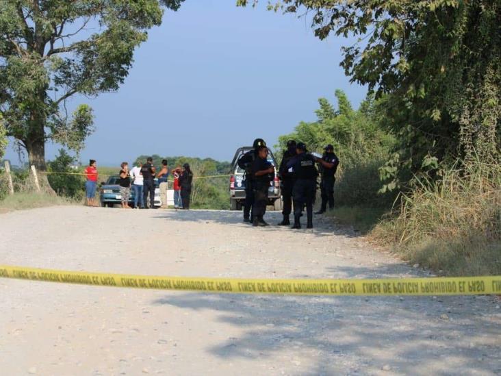 Hallan dos sujetos ejecutados y con huellas de tortura en Martínez de la Torre