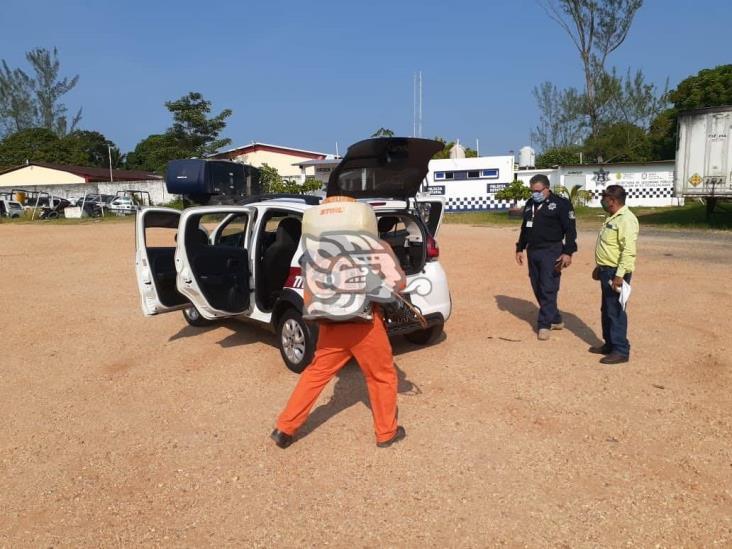 Jornada de limpieza a  unidades de transporte público de Cosoleacaque