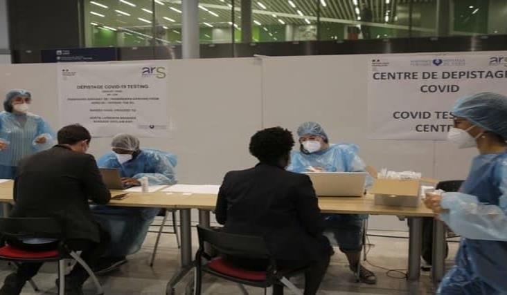 Aplicará Francia pruebas de Covid-19 a personas de 16 países
