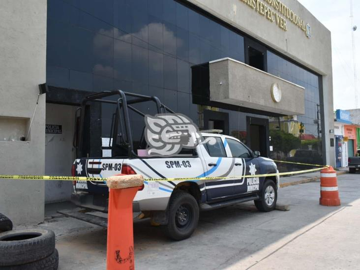 Denuncian daños tras ataque a base de la Policía Municipal de Texistepec