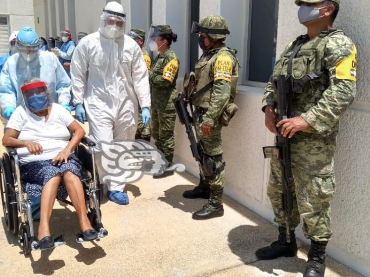 Abuelita sobrevive al Covid-19 en Coatzacoalcos