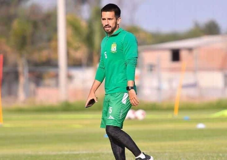 Fernando Navarro confirmó resultado positivo a COVID-19