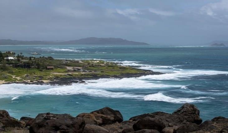 Hawai se alista por llegada del huracán ´Douglas´