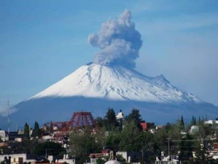 Registran caída de ceniza del Popocatépetl en CDMX
