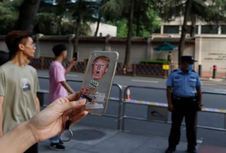 Toma posesión China de consulado de EU