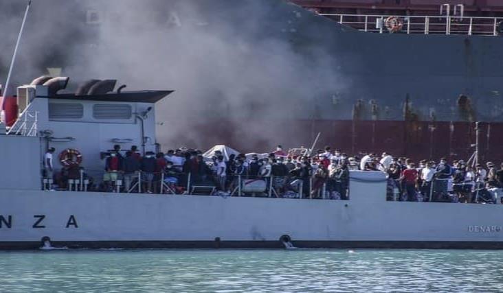 Más de 200 migrantes eluden cuarentena en Italia