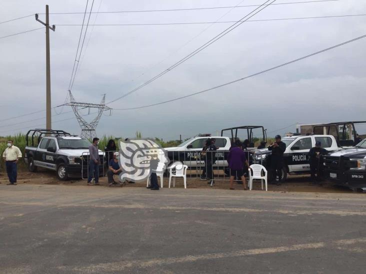 Crece conflicto en Las Matas; policías resguardan entrada al basurero
