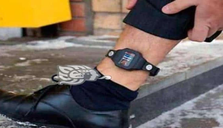 Emilio Lozoya llevará brazalete electrónico; ¿cómo funcionan estos dispositivos?