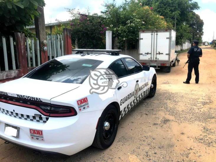 Aseguran camioneta tras robo con violencia en Sayula