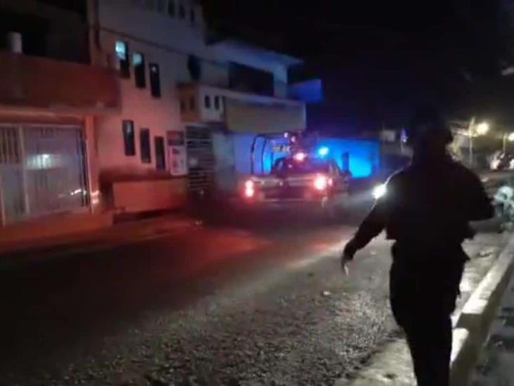 Ebrio le dispara a mujer policía en Coatepec