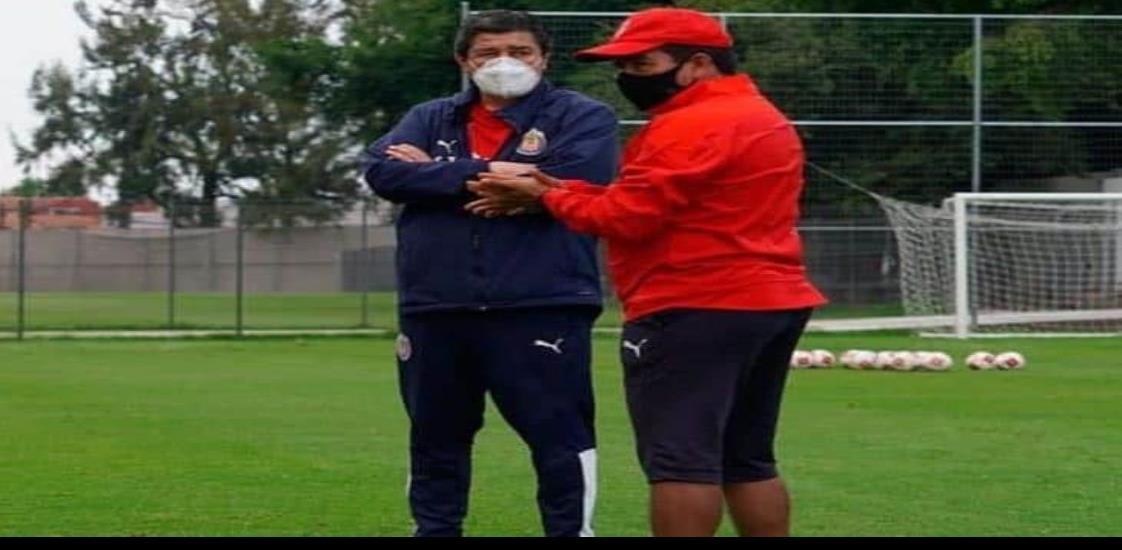 Luis Fernando Tena volvió a entrenamientos de las Chivas