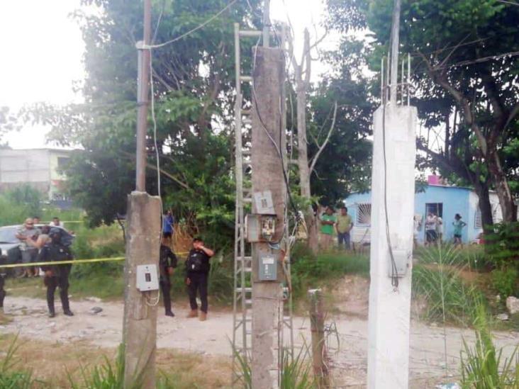 Por descarga eléctrica, fallece trabajador en Jáltipan