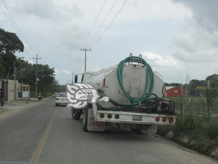 En Las Choapas, vecinos cumplen dos meses sin agua potable