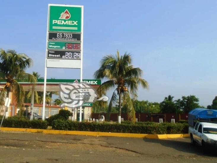 Transporte público y particular  reciente el alza constante del precio de la gasolina