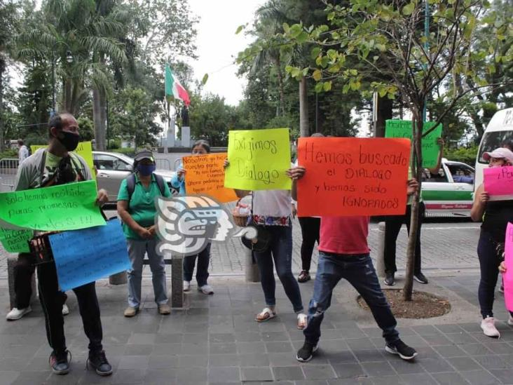 Ayuntamiento de Xalapa asegura apoyos a vendedores del Parque Juárez