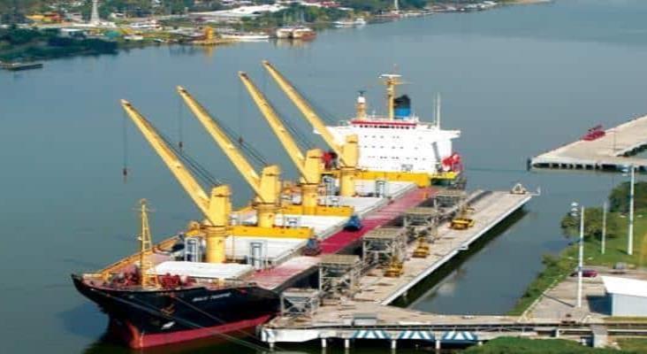 Asume Marina operación de puerto de Tuxpan, feudo de mafia china