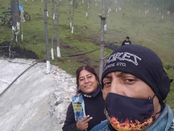 En la Córdoba-Veracruz embisten a pareja de motociclistas; 2 muertos y niña lesionada