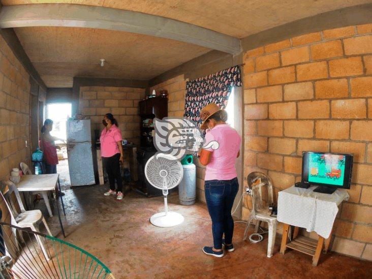 Sembrando Hogares beneficia a 109 familias en Coatzacoalcos