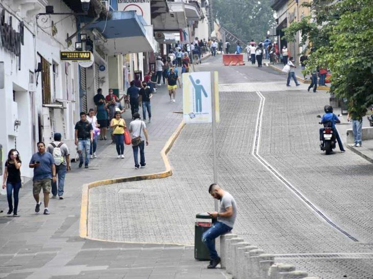 No paran contagios en 27 municipios de Veracruz; reducirán movilidad el fin de semana