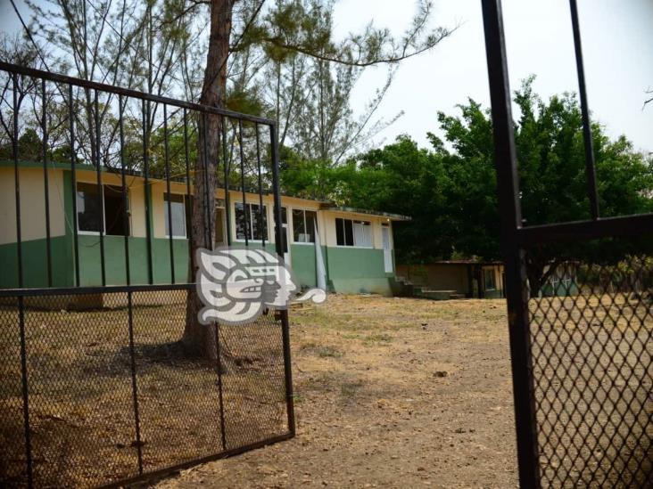 Zonas marginadas de Veracruz, sin clases virtuales; distribuirán cuadernillos