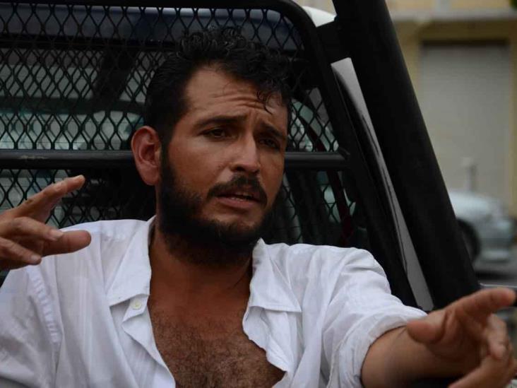 Detienen a dos sujetos por intentar saquear primaria en Veracruz