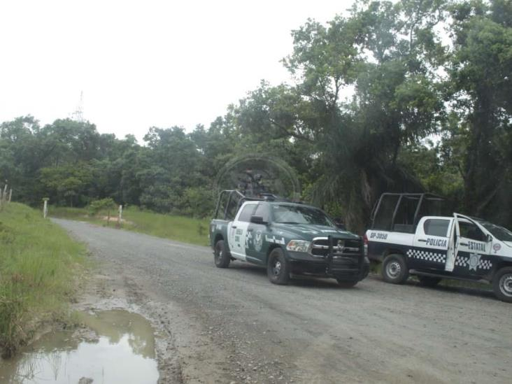 Encuentran cadáver embolsado en carretera antigua Agua Dulce-Nanchital