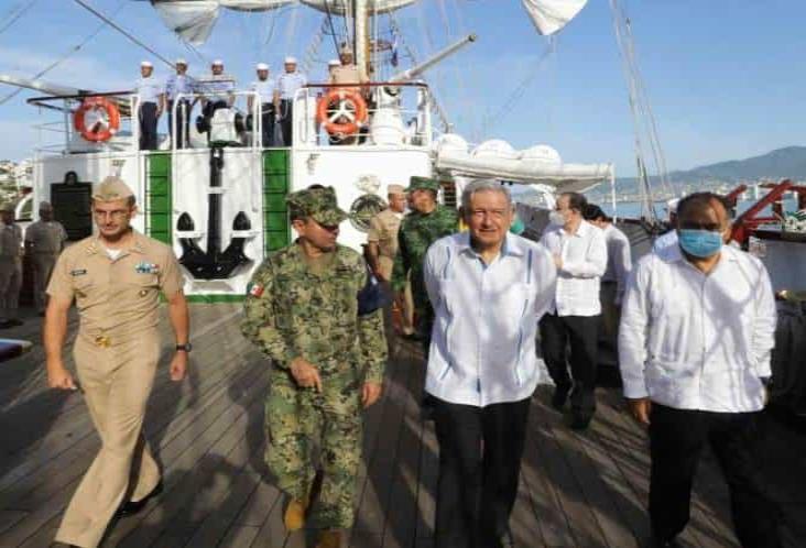 Autoriza López Obrador presupuesto para sanear bahía de Acapulco