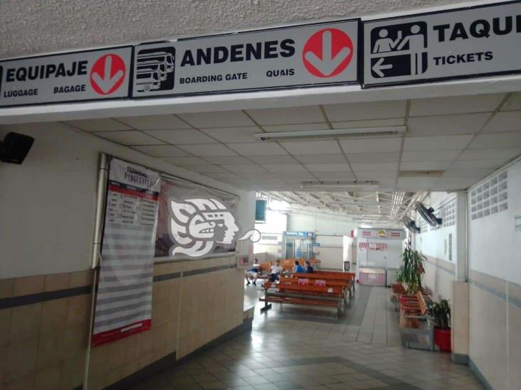 Se roban dos cajeros en terminal de autobuses de Minatitlán