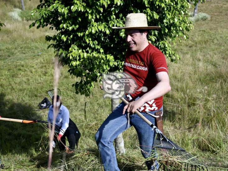 Llama Cuitláhuac a no confiarse tras cambio a naranja en semáforo