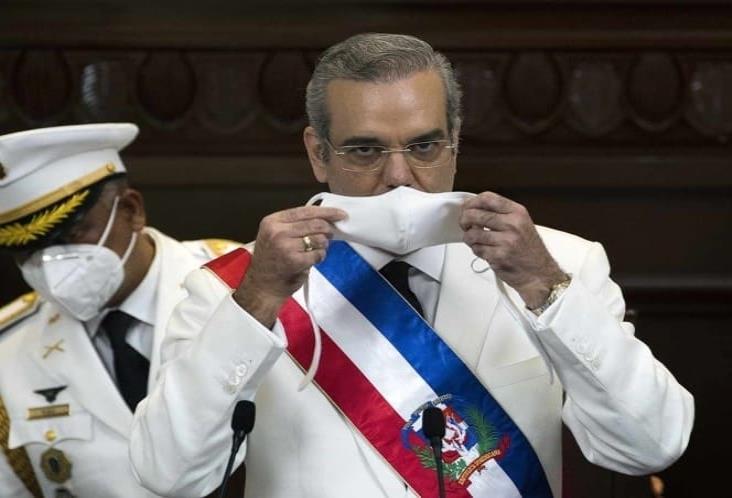 Luis Abinader jura como presidente de República Dominicana