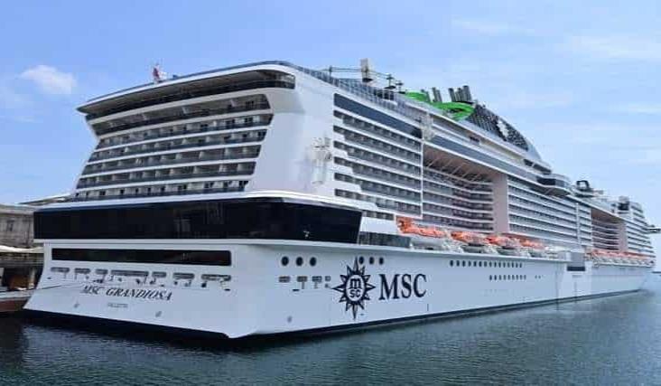 Sale de Italia primer crucero al Mediterráneo tras cuarentena por Covid
