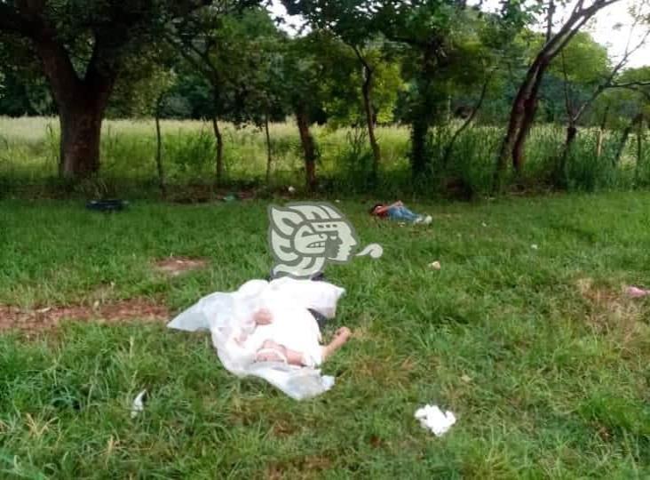Encuentran dos cuerpos maniatados en límites de Veracruz y Oaxaca