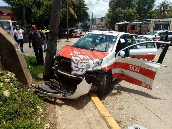 Choque en Acayucan deja cuantiosos daños y un herido