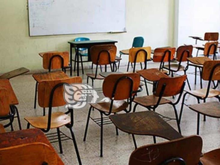 Denuncian ante la SEV imposición de cuotas en 17 planteles educativos