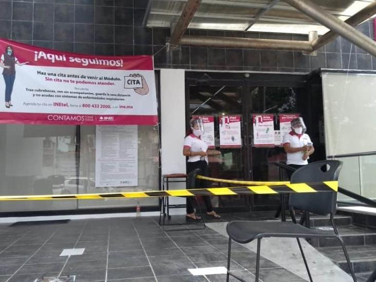 Repunta demanda de trámites en el INE de Coatzacoalcos