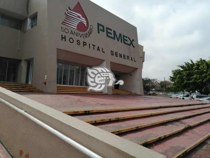 Área de urgencias de clínica de Pemex en Nanchital, deficiente
