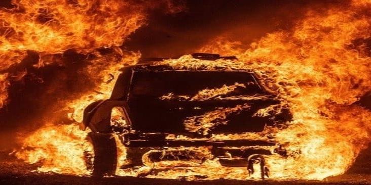 Estado de emergencia en California por incendios tras tormenta eléctrica