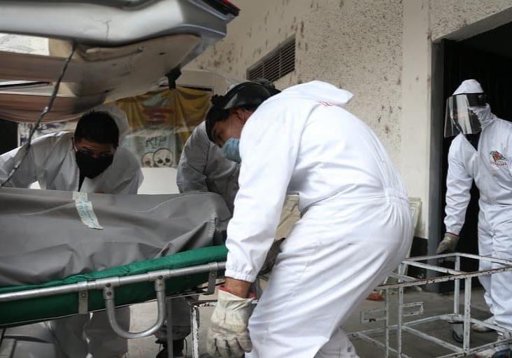 "México rebasó ""escenario catastrófico"" de muertes por COVID-19 que pronosticó Gatell"