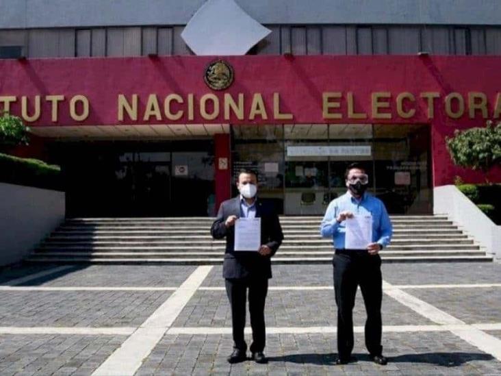 PAN presenta denuncia en contra de Morena, Pío López Obrador y David León ante el INE
